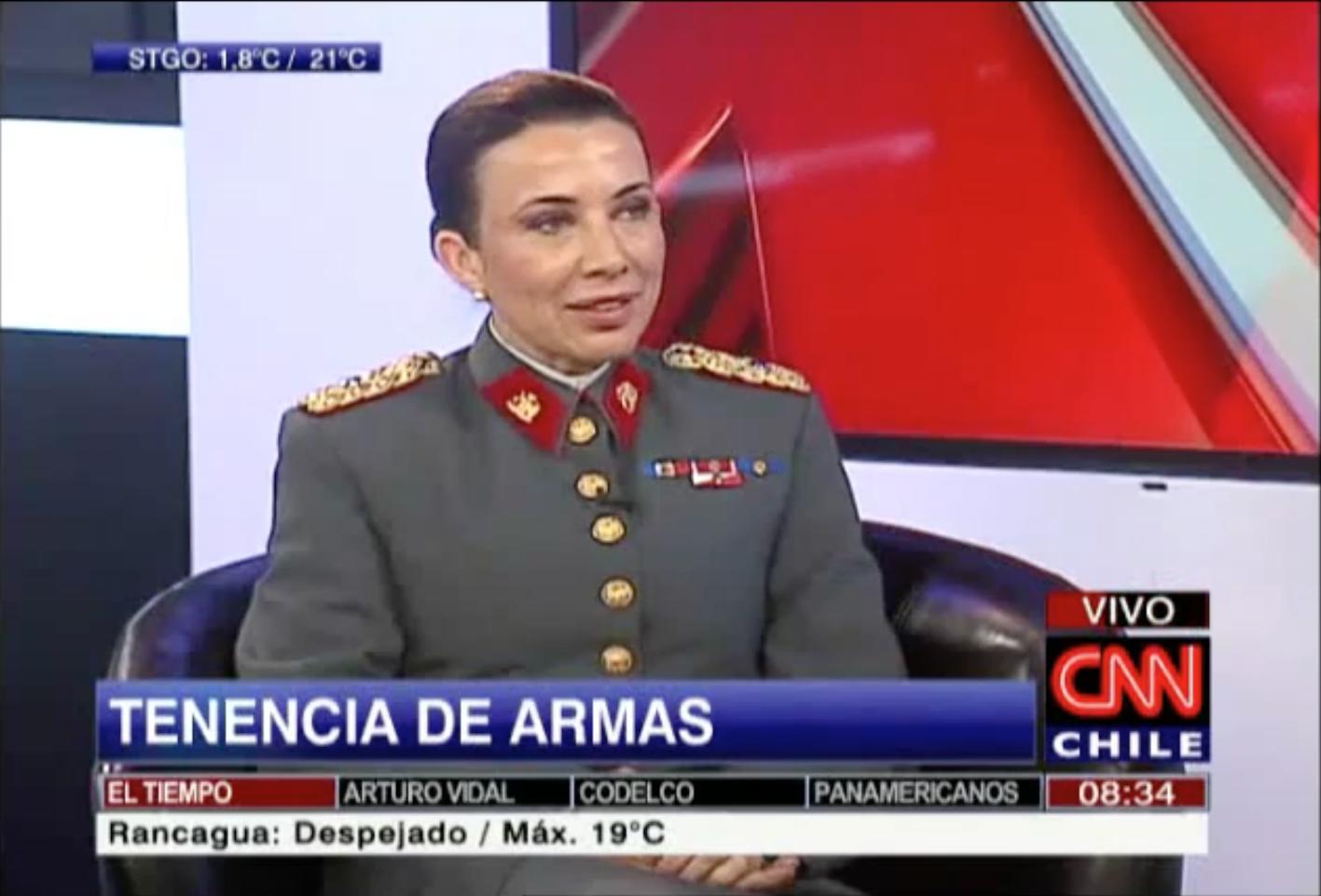 EN CHILE SÓLO DOCE CIVILES CUENTAN CON AUTORIZACIÓN PARA PORTAR ARMAS